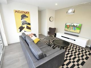 CREMORNE FULLY SELF CONTAINED MODERN 1 BED APARTMENT (2WIN), Sídney