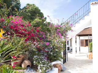 Villa with separate apartments,  nr Santa Eulalia, Cala Llenya