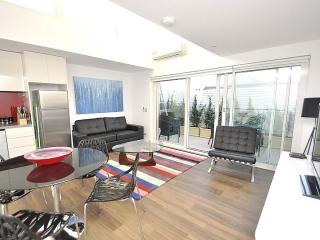 LEICHHARDT FULLY SELF CONTAINED MODERN 1 BED APARTMENT (9NOR), Sídney