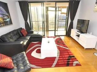 PYRMONT FULLY SELF CONTAINED MODERN 2 BED APARTMENT (137WAT), Sydney