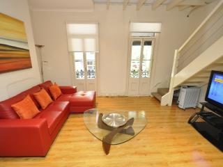 PYRMONT FULLY SELF CONTAINED MODERN 2 BED APARTMENT (2191HAR), Sídney