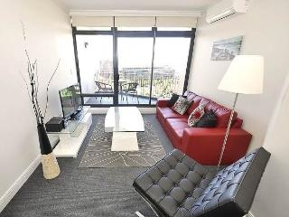 PYRMONT FULLY SELF CONTAINED MODERN 1 BED APARTMENT (704JB), Sydney