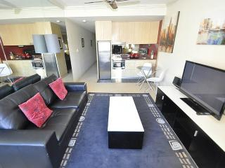 PYRMONT FULLY SELF CONTAINED MODERN 1 BED APARTMENT (706JB), Sídney