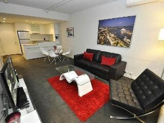 PYRMONT FULLY SELF CONTAINED MODERN 1 BED APARTMENT (D604PT), Sydney