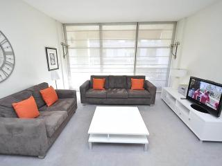 SYDNEY CBD FULLY SELF CONTAINED MODERN 1 BED APARTMENT (210SHY), Sídney