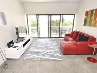 SYDNEY CBD FULLY SELF CONTAINED MODERN 2 BED APARTMENT (507LP), Sídney