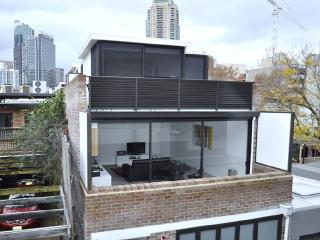 ULTIMO/DARLING HARBOUR FULLY SELF CONTAINED MODERN 1 BED APARTMENT (1HAR), Sydney