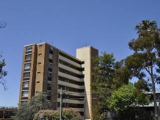 NEUTRAL BAY FULLY SELF CONTAINED MODERN 1 BED APARTMENT (603WAY)