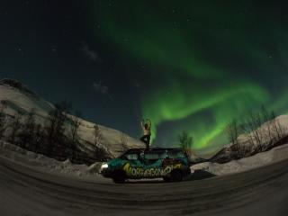 Norwagon dancing with the Northern Lights!