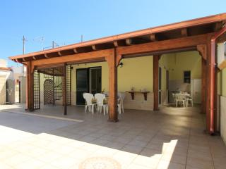 Casa Sandra di LoveSud Top Holiday Homes, San Pietro in Bevagna