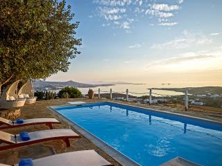 Villa Althea 5, Sleeps 5, Parikia