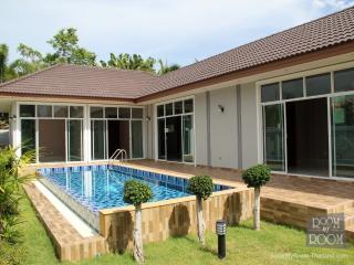 Villas for rent in Hua Hin: V6191