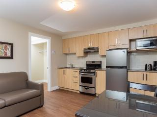 Riverfront Apartment - Brossard - Easy access to Downtown MTL