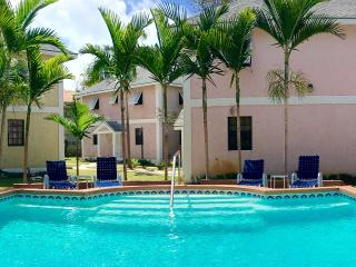 Pongo Villas at Junebay, Nassau