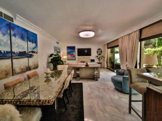 Luxury 3 Bed 3 Bath Duplex Marbella with 3 pools