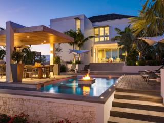 The Dunes by Grace Bay Resorts, Sleeps 4, Providenciales