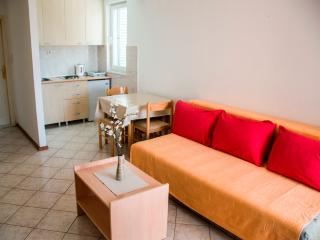 Apartment NICE 4, Petrovac
