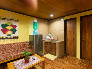Tiptop Baguio Transient House Unit 201 – 2 Bedroom/1 Bathroom apartment – sleeps 7