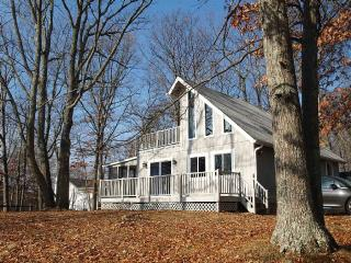 Lovely 2 Br, 1 Bath Chalet In 4 Season, Bushkill