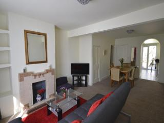 Victoria Rose Cottage 2b/b near town beach golf C, Deal