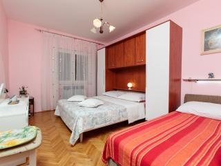 TH03467 Apartments Jurić / Two Bedrooms A1, Podstrana