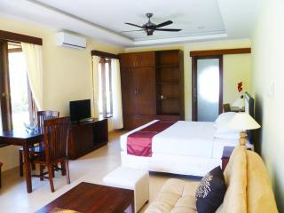 Medewi Bay Retreat - Jepun Studio Deluxe Room - 2