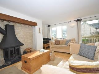 41541 Cottage situated in Cirencester (6 Mls S)