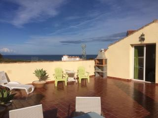 Top Floor Apartment with stunning sea views, Puerto de la Duquesa