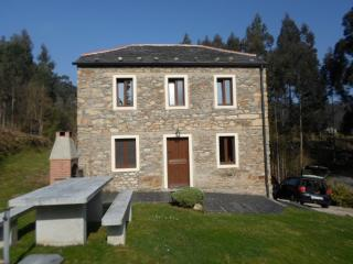 Stone house just 2 min from the beach, O Vicedo