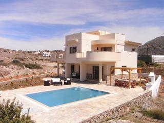 Villa Magrygialos with private pool, Makrys-Gialos