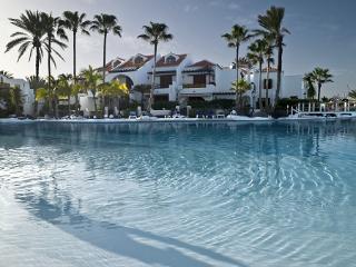 Parque Santiago 3 - Sea Front Villa, Playa de las Americas