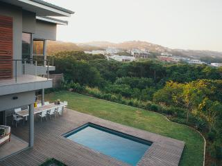 Holiday home with swimming pool, in secure estate, Ballito
