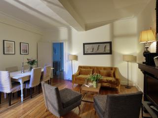 Crisp 2 Bedroom Apartment Located in Saint Germain, Paris