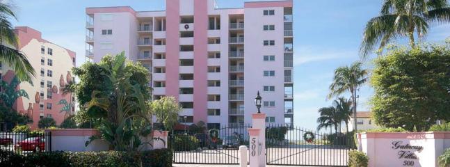 Gateway Villas, 500 Estero Boulevard