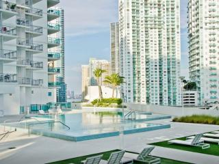 Luxury penthouse at Brickell heart!, Miami