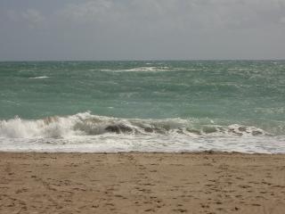 OCEAN VILLAGE - SUMMER SPECIAL $450 A WEEK OCEAN VIEW