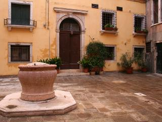 Casa Carlo Goldoni, for loving people