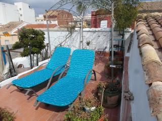 Casa de pueblo con terraza (compartida/exclusiva)., Valence