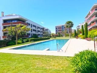 Apartamento de diseño, con piscina cerca de la playa!! Can Robert!!