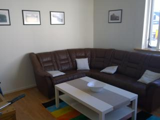 Budget apartment with ocean view, Isafjordur