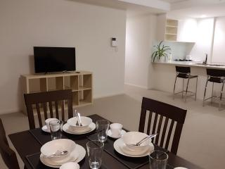 New 2 Bedroom apt next 2 Ku-ring-gai National Park, Sídney