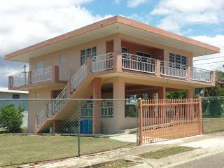 Family Vacation - Casa Darymar- Wi-Fi, Cabo Rojo