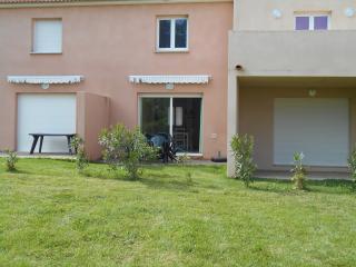 Villa 3 etoile/2 Chambres/residence fermee/piscine