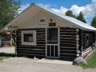 Historic Studio Cabin at Three Rivers Resort in Almont (#3)