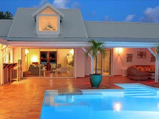 Beautiful Villa with view over the Caribbean Sea, Sint Maarten