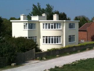 Seabreeze: Garden Apartment, Dymchurch