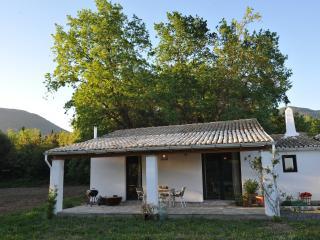 Old farm cottage/ Αγροικιά