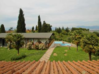 House in a Villa on Florence Hills, Lastra a Signa