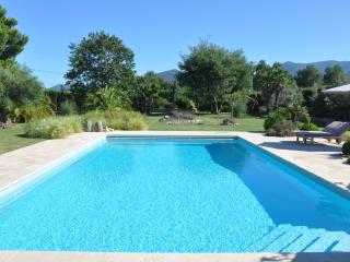 By Argeles Luxury Villa, Pool, 7000m2 Big Garden