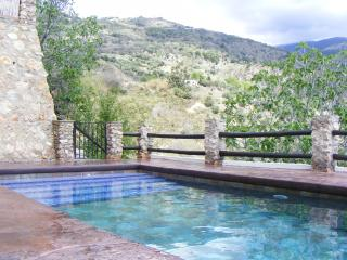 VTAR/GR/01353 - Casa Camelia - 2 Bedroomed Casita - Sleeps 3